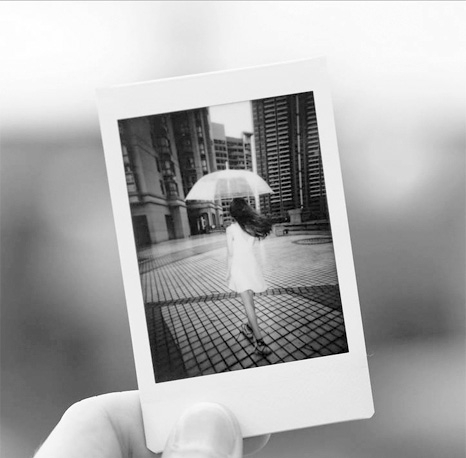 Filme instax Monochrome P&B