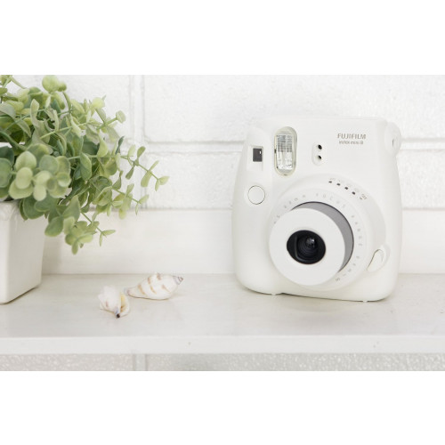 Câmera Fujifilm Instax Mini 8 Branca